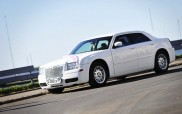 Chrysler 300C White