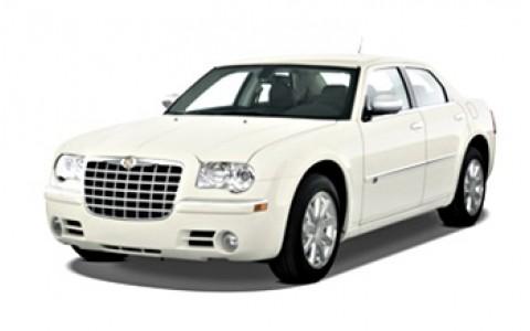 Chrysler 300C White